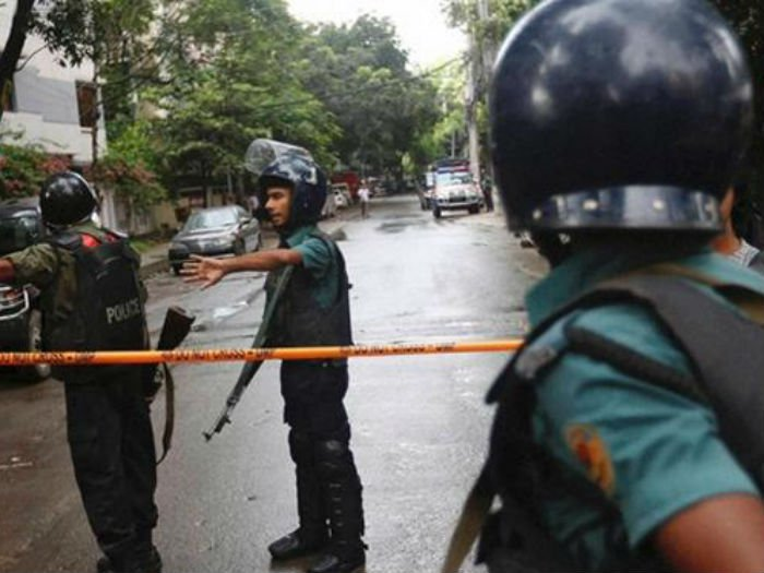 blast-in-bangladesh-of-eid-congregation-niharonline