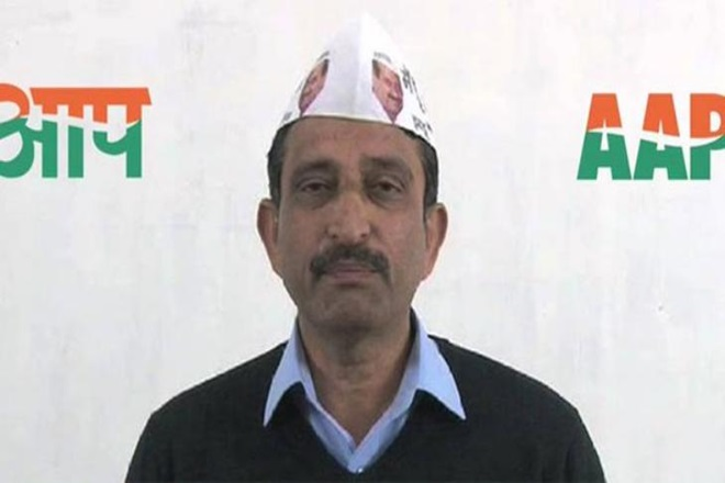income-tax-raid-on-aam-aadmi-party-mla-kartar-singh-niharonline