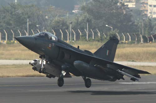 tejas-indigenous-fighter-aircraft-indian-air-force-fleet-niharonline
